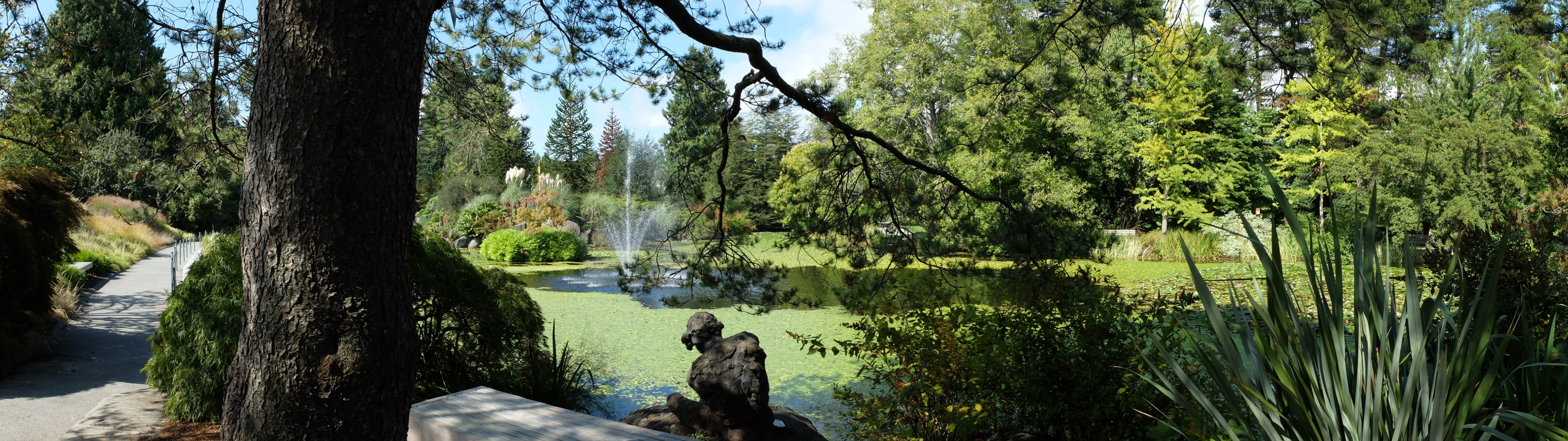 Month Calendar June : Vandusen botanical garden